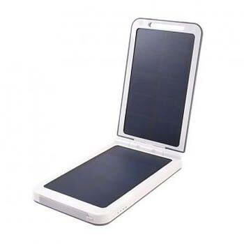 XTorm Lava 2 solar charger AM120