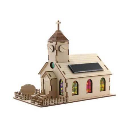 Kerk met zonnepaneel